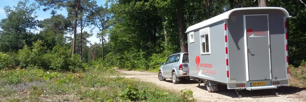 Schaftwagen van Natuurzorg Veluwe-Vallei op de Oostereng